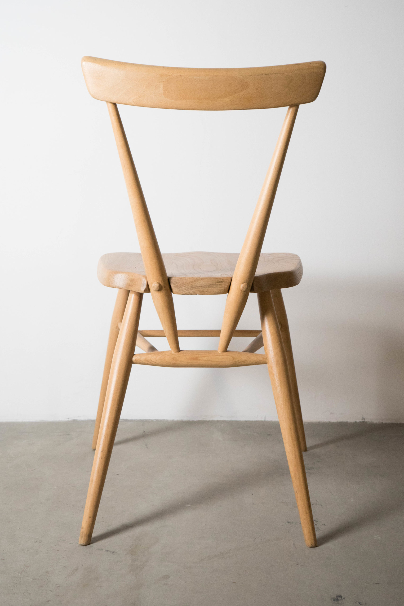 silla ercol stacking de madera de olmo vintage retro de calidad