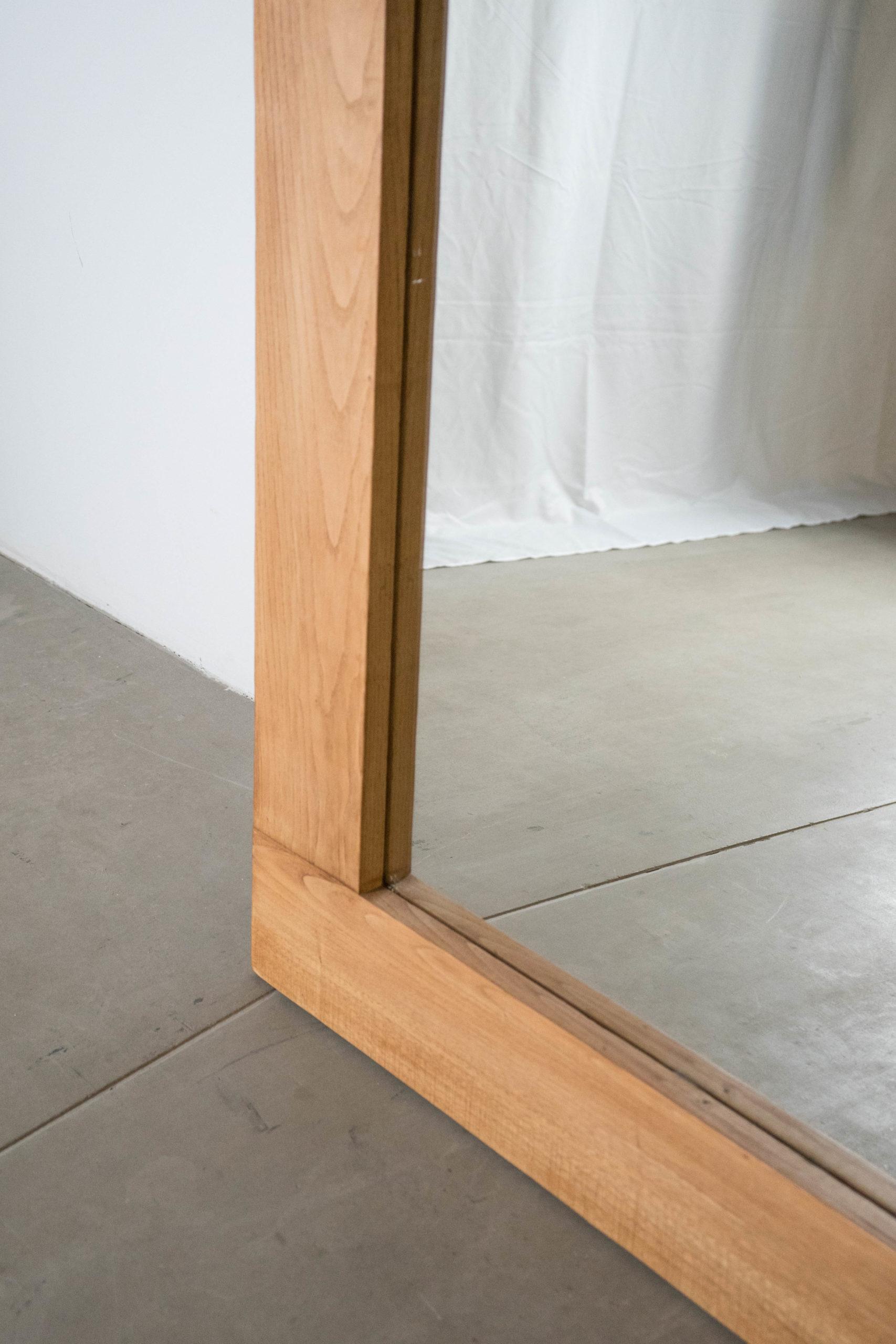 espejo de pie madera grande