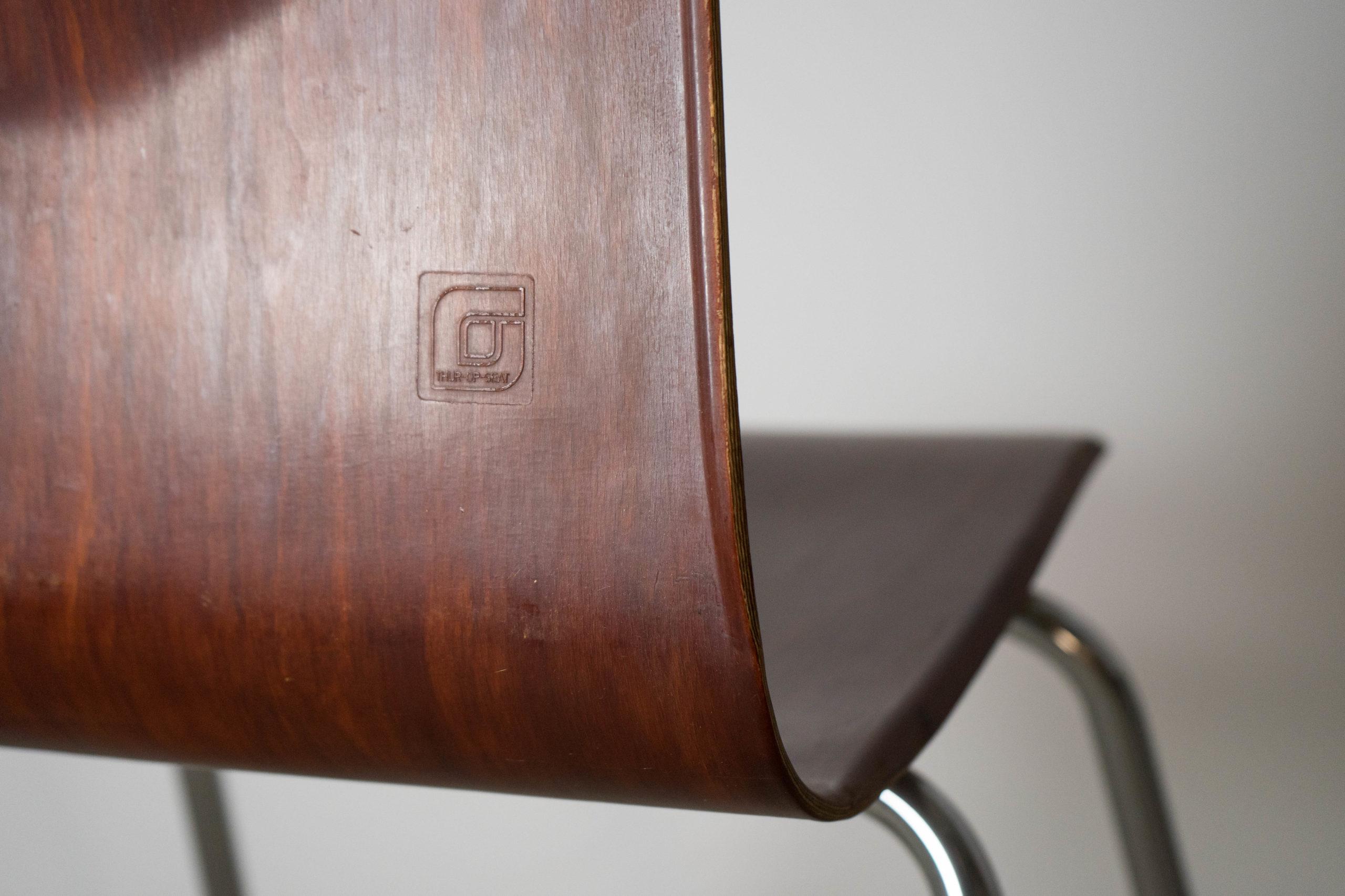 detalle de sello silla pagholz de calidad