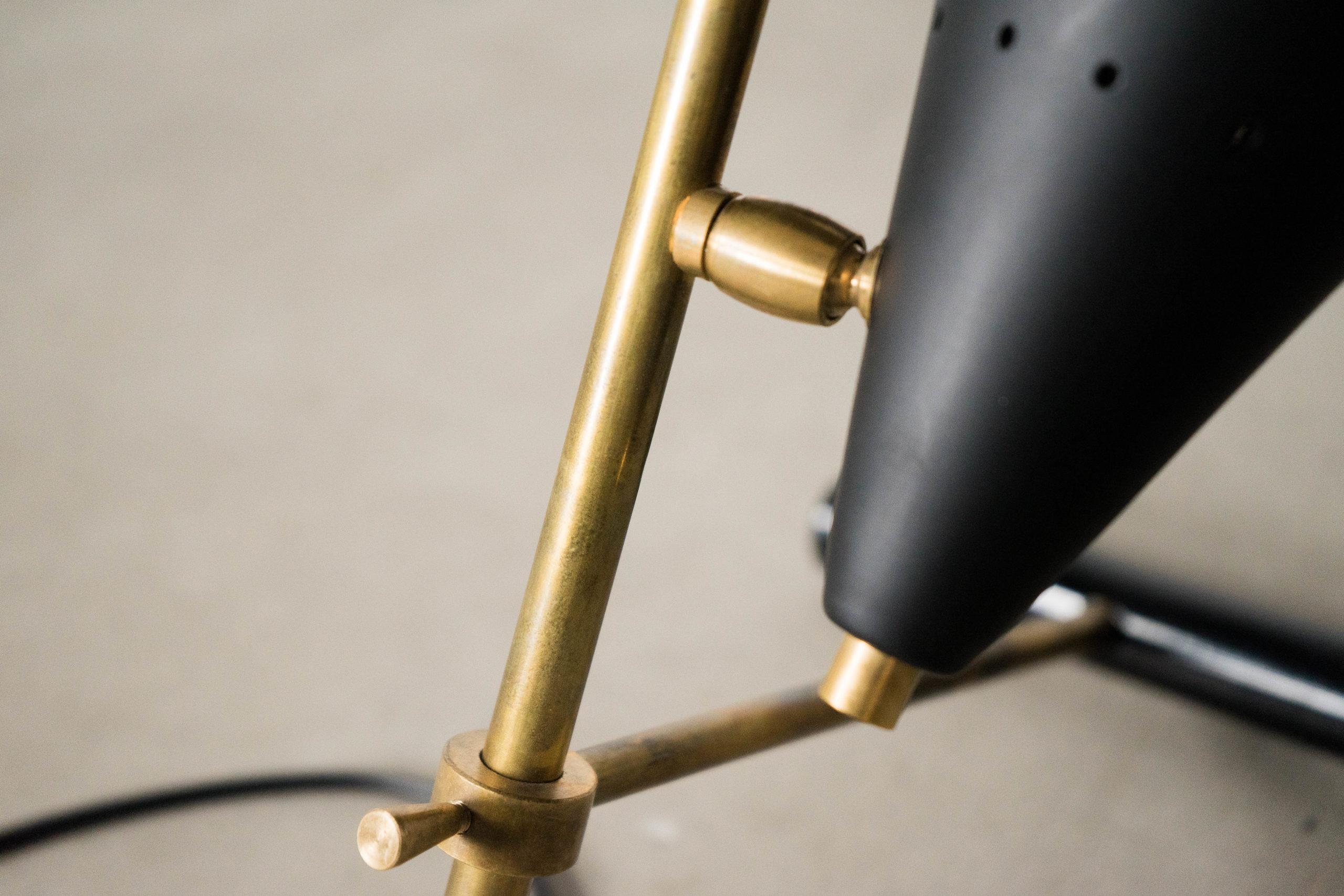 lampara de diseño de laton fabricada a mano en italia