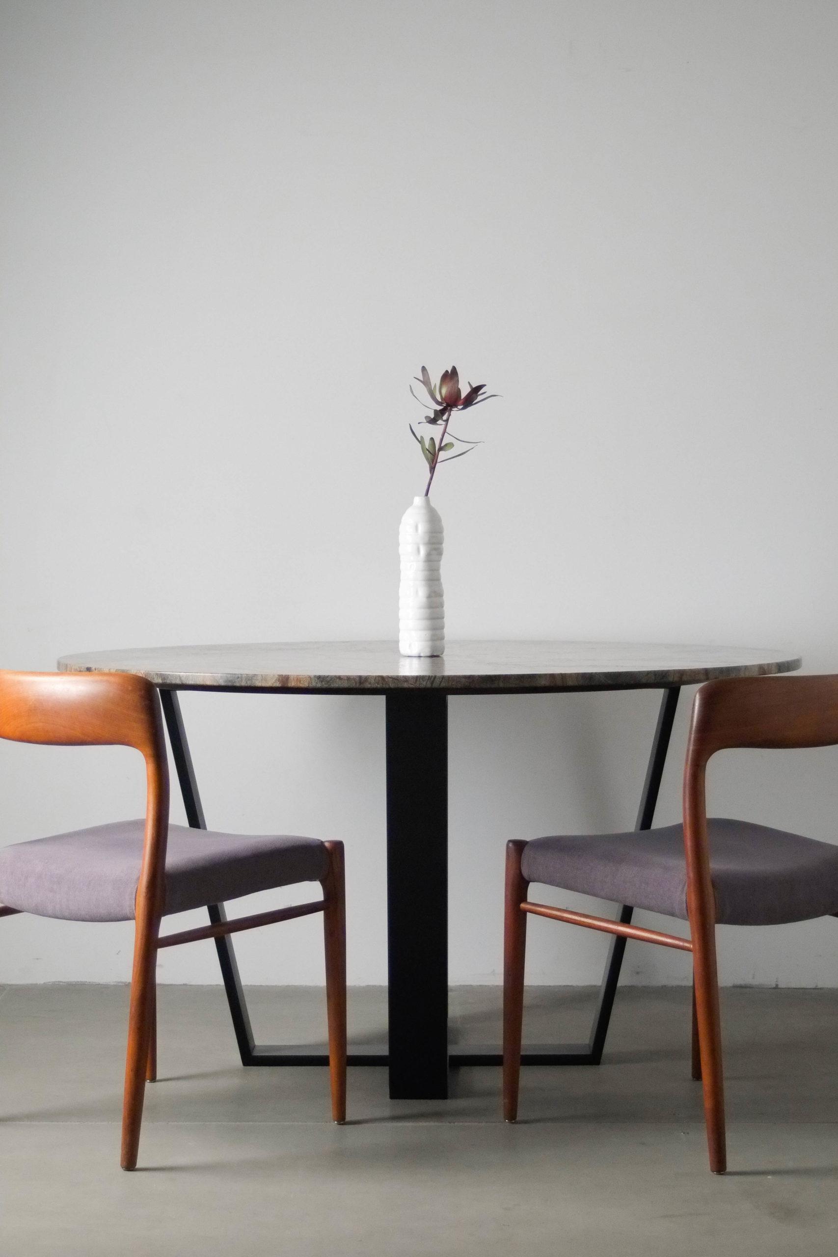 mesa y sillas moller de teca fabricadas a mano