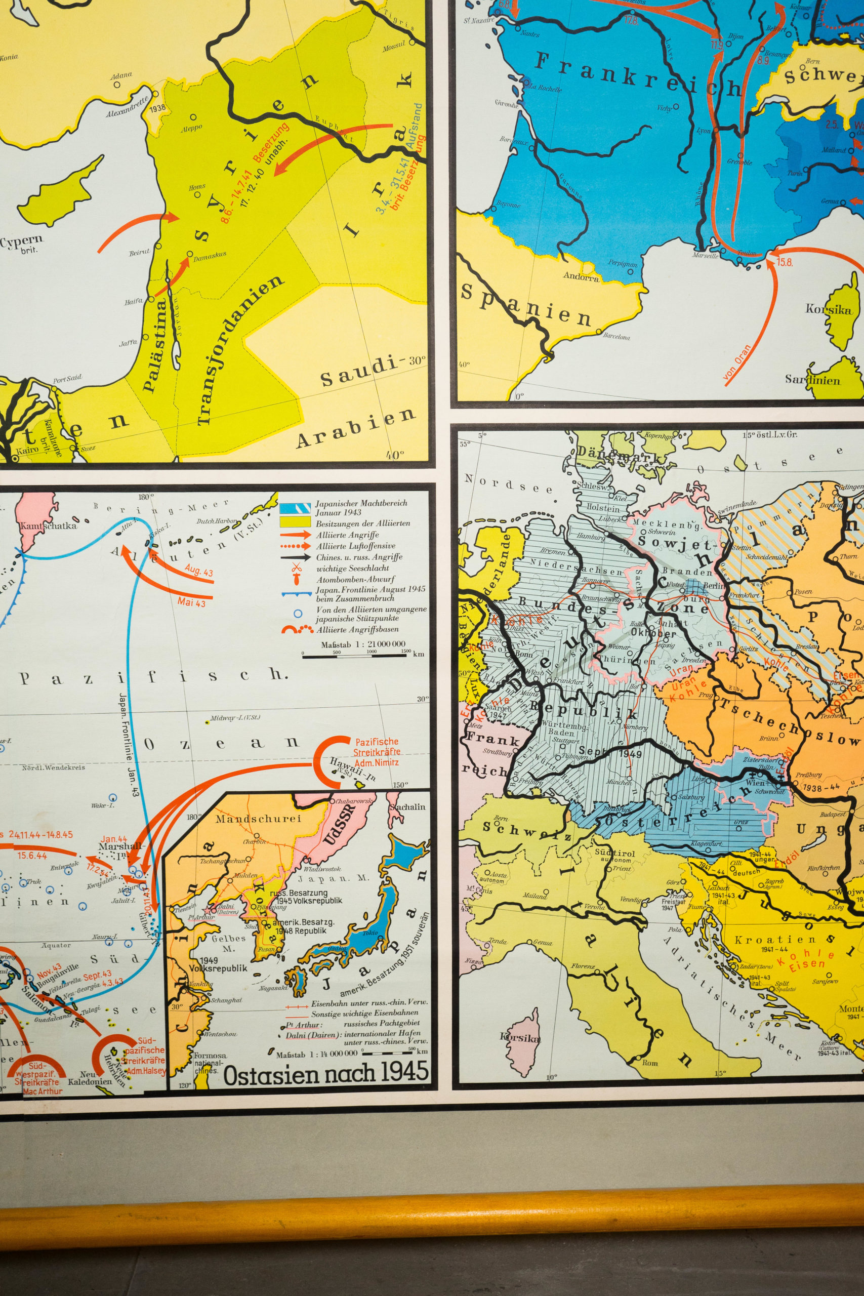 mapa escolar de colores para pared