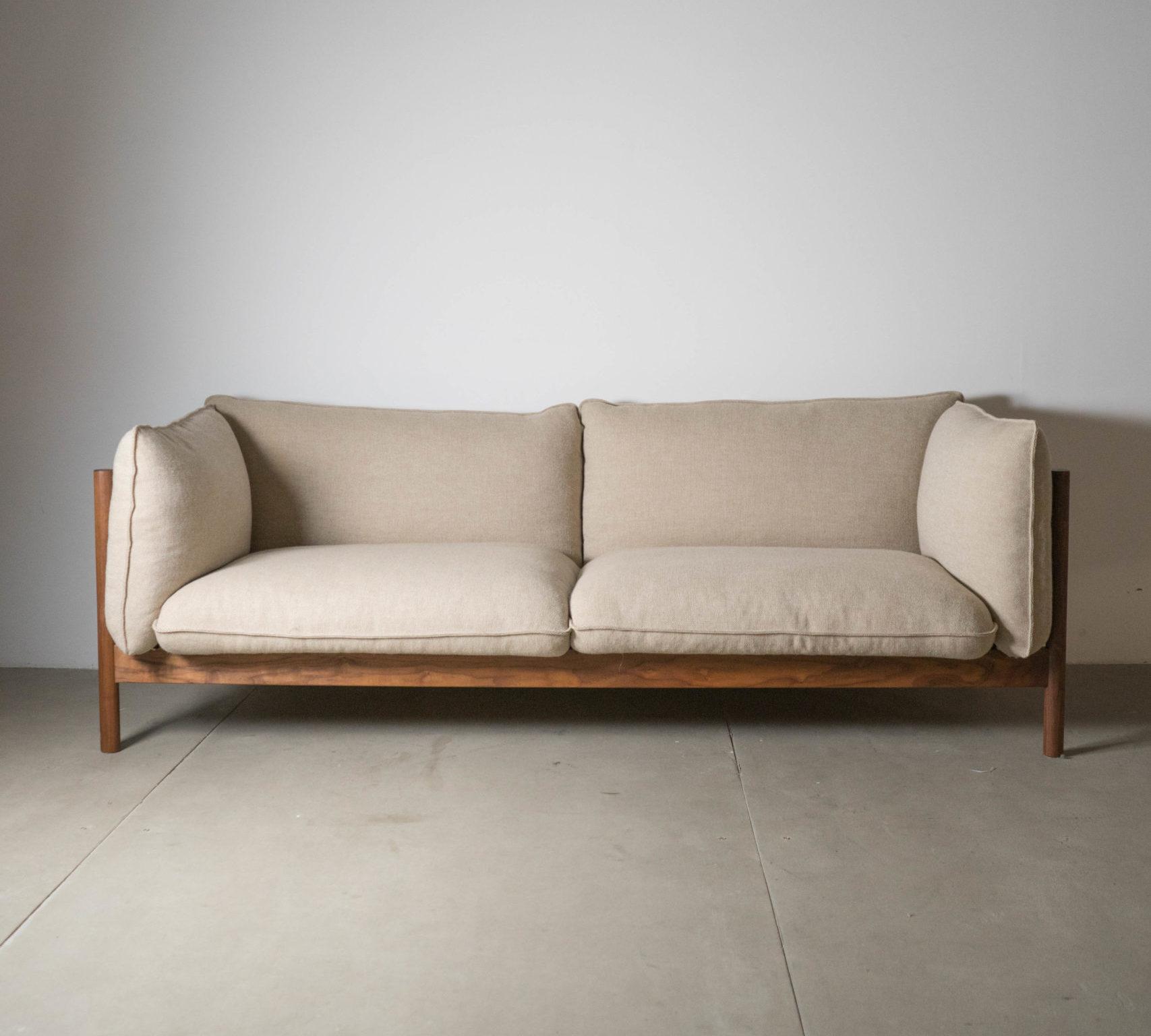 vista general sofá arbour de madera
