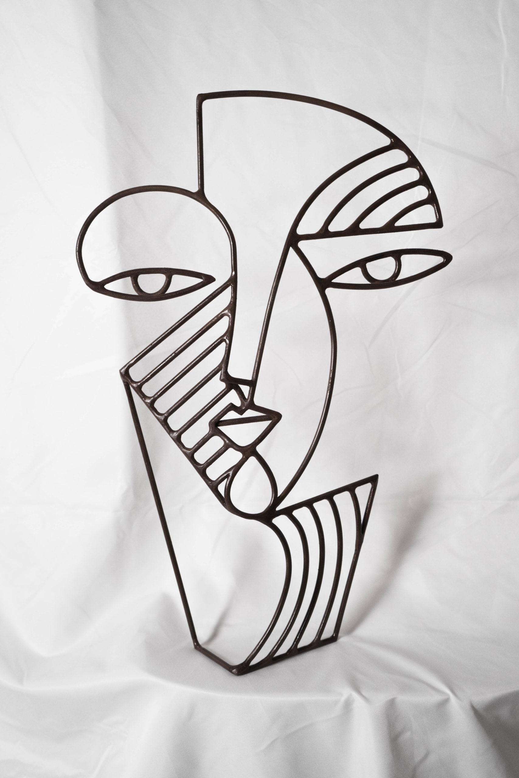 cara retrarto escultura vista frontal