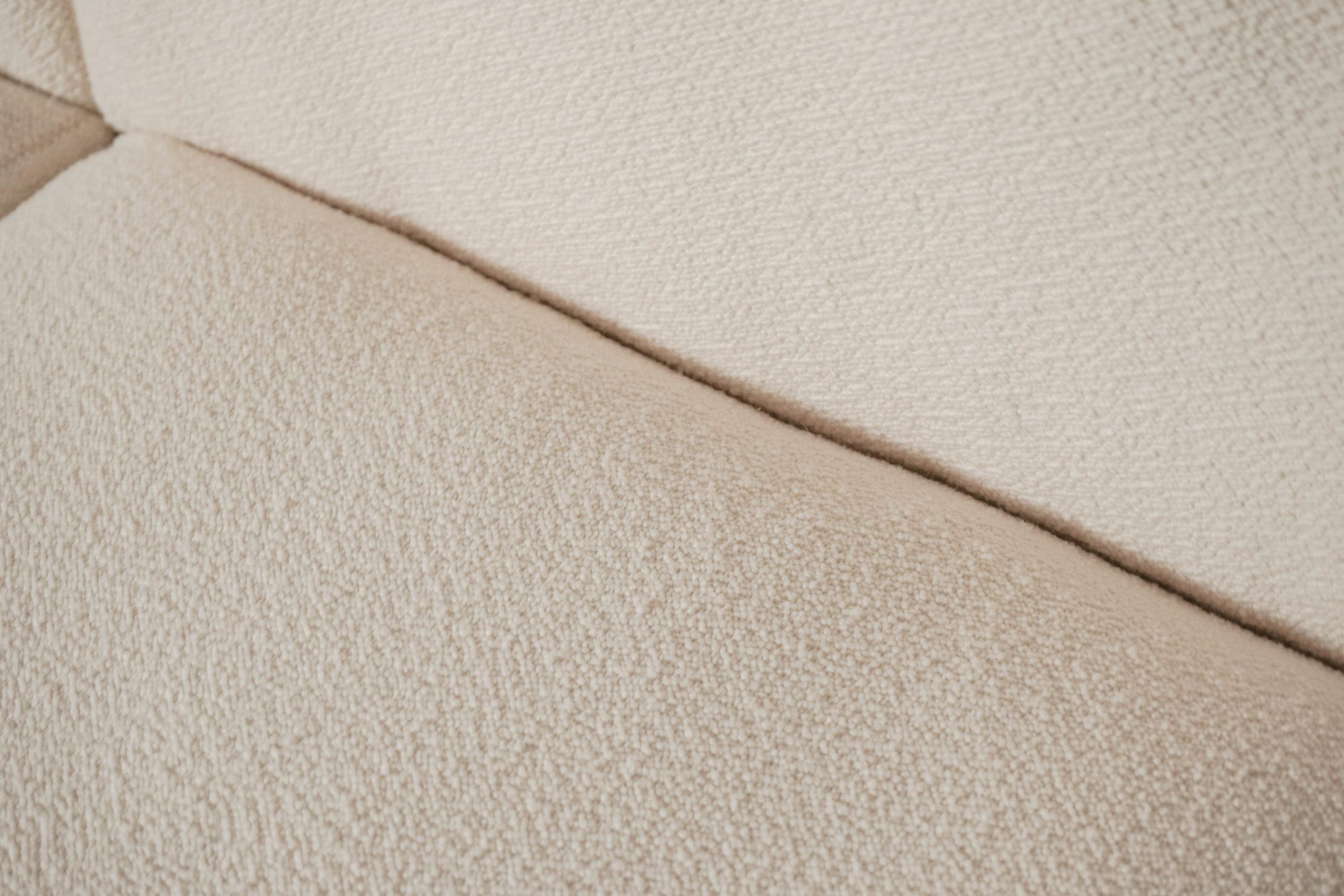 sofá blanco de diseño